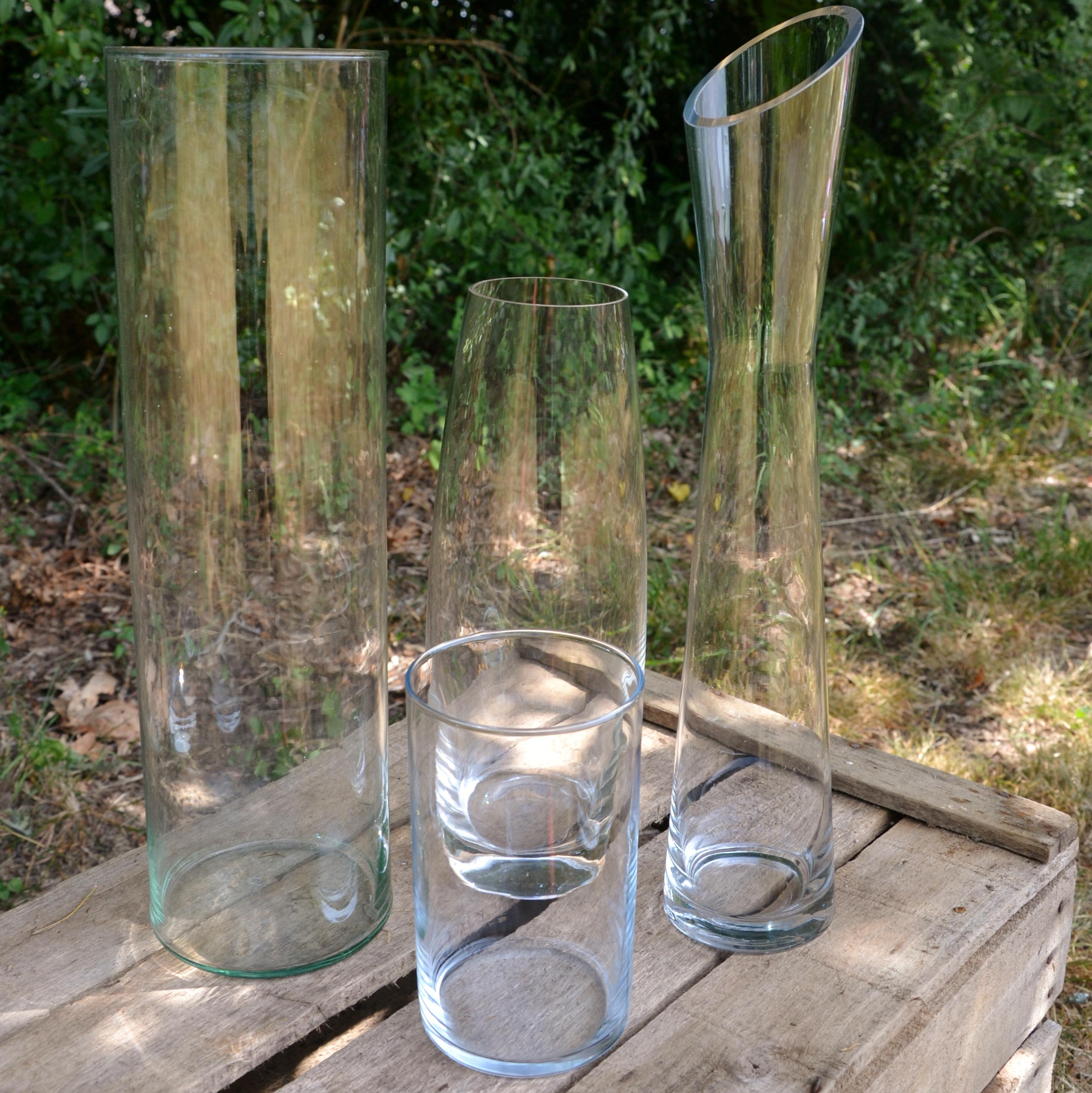 Vase colonne