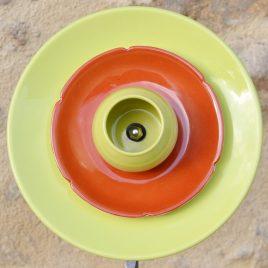 Fleur pour jardinière en vaisselle recyclée, verte et orange