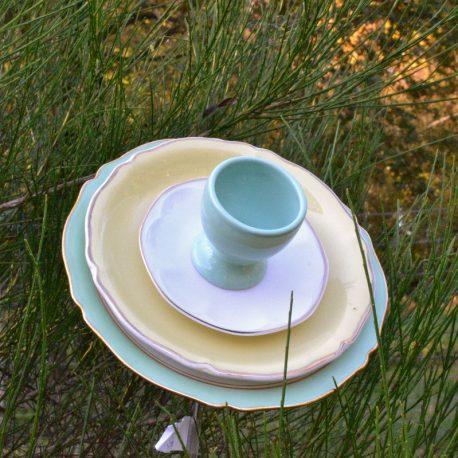 Fleur trompette en vaisselle recyclée