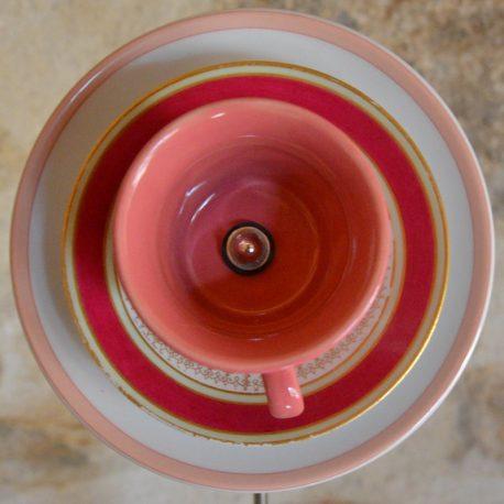 Fleur en vaisselle recyclée rose