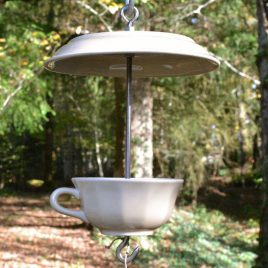 Mangeoire pour oiseaux beige, décoration de jardin