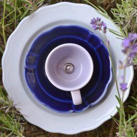 Fleur jardinière bleutée