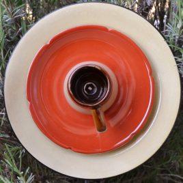 Fleur jardinière orange, marron