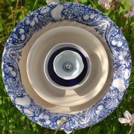 Fleur saladier couleur bleue et blanche
