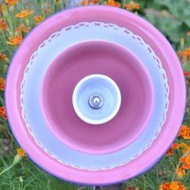 Fleur jardinière métal rose